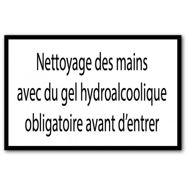 Nettoyage des mains avec gel hydroalcoolique oblig...